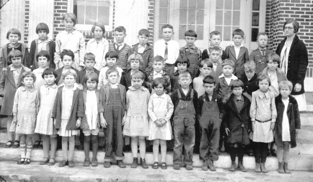 BFGradyClassof1938inthe2ndgrade1928-29